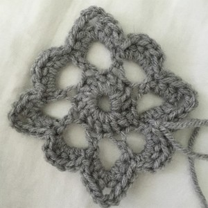 flower crochet baby afghan by adventures of a pinner blog