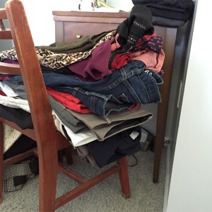 closet cleaning tips by Adventures of a Pinner Blog